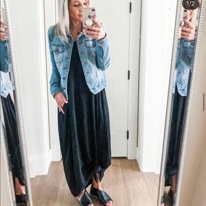 Vici collection black maxi dress size s/m